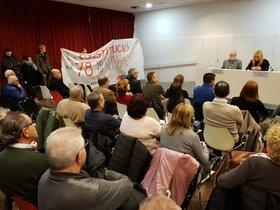 Miembros de la CUP, CDR y Arran interrumpen el acto de conmemoración del Día de la Constitución este lunes en Rubí