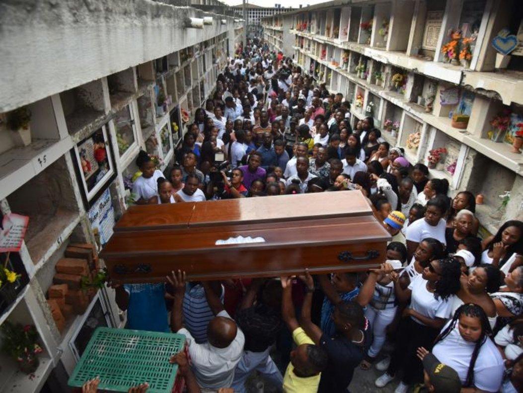 De igual forma organizaciones sociales han denunciado que en los primeros 14 días de 2020 fueron asesinados 19 líderes sociales.
