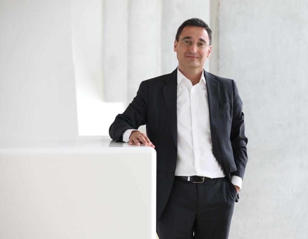 Óscar Vélez de Mendizábal es el director de la factoría de transformación empresarial de BBVA España.