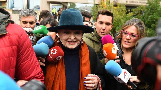 Piden cárcel para Lucía Bosé por apropiarse de un dibujo de Picasso.