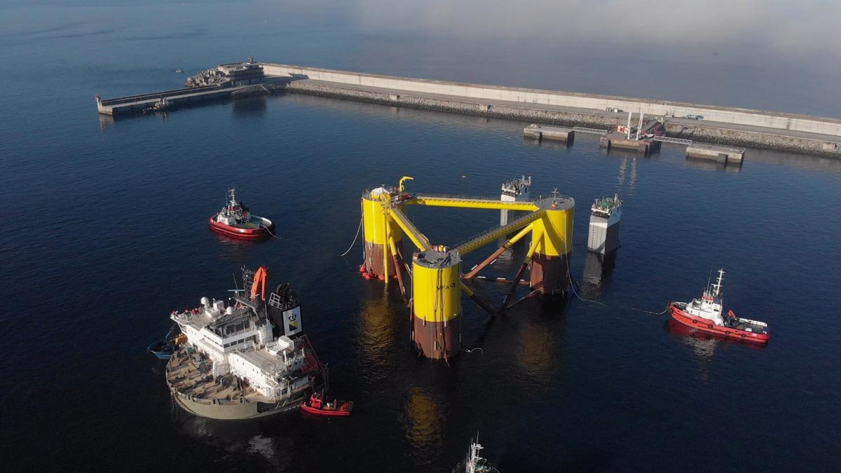 Comença l'acoblament de les turbines del projecte WindFloat Atlantic a Ferrol