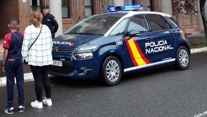 La PolicíaNacional liberaa un niño que fue raptado por su padre en Vitoria y trasladado a Argelia.