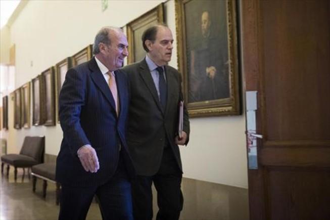 El presidente de Foment del Treball, Joaquim Gay de Montellà (izquierda), con el secretario general de esta patronal, Joan Pujol.