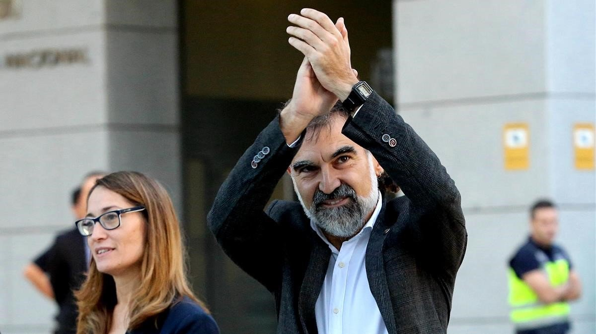 El presidente de Òmnium Cultural, Jordi Cuixart, acudiendo a prestar declaración el 6 de octubre del 2017