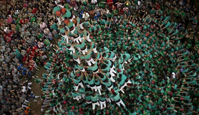 'Quatre de deu amb folre i manilles' de los Castellers de Vilafranca'