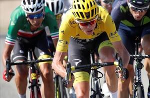 Matthews guanya a l'esprint i Contador perd un altre minut i mig