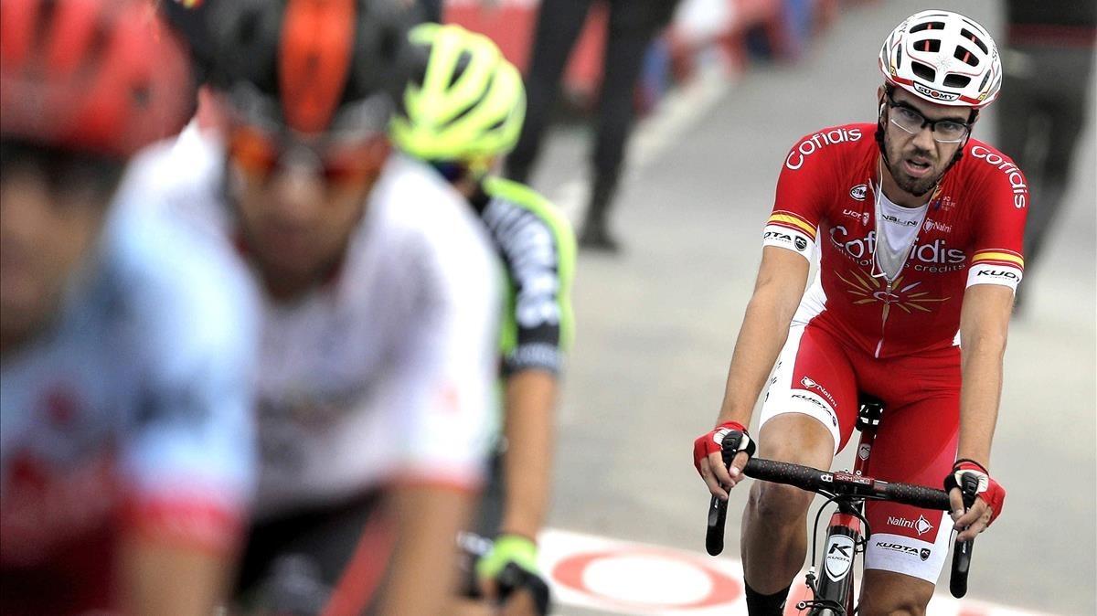 El corredor español de Cofidis, Jesús Herrada, en una etapa de la Vuelta.