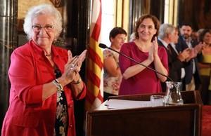 Maria Assumpcio Vilà, este lunes, en el acto de toma de posesión como Síndica de Barcelona en el Saló de Cròniques del ayuntamiento.