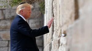 Trump en el Muro de las Lamentaciones en Jerusalén.