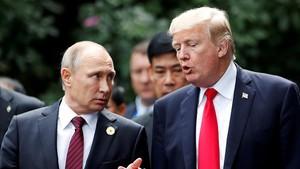 Trump yPutin en la cumbre de laAPEC enVietnam, el pasado mes de noviembre.