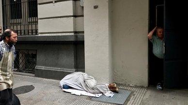 Más del 27% de la población en Argentina es pobre