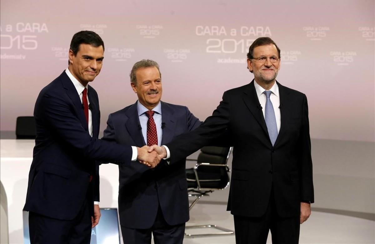 Manuel Campo Vidal, minutos antes del debate Rajoy-Sánchez que moderó en el 2015.