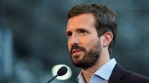 El líder del PP, Pablo Casado, en un acto electoral en Ourense