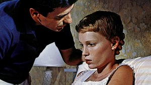 John Cassavetes y Mia Farrow, en 'La semilla del diablo'.