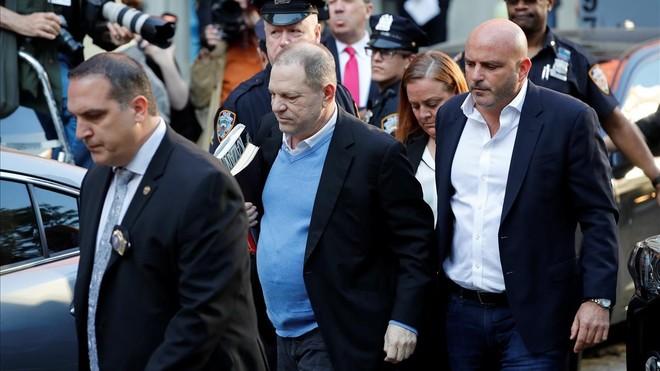 Harvey Weinstein, en llibertat després de pagar una fiança d'un milió de dòlars