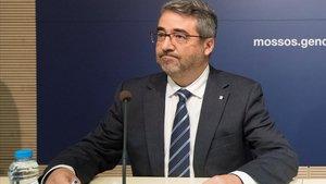 El cap dels Mossos dimiteix per la falta de confiança de Torra
