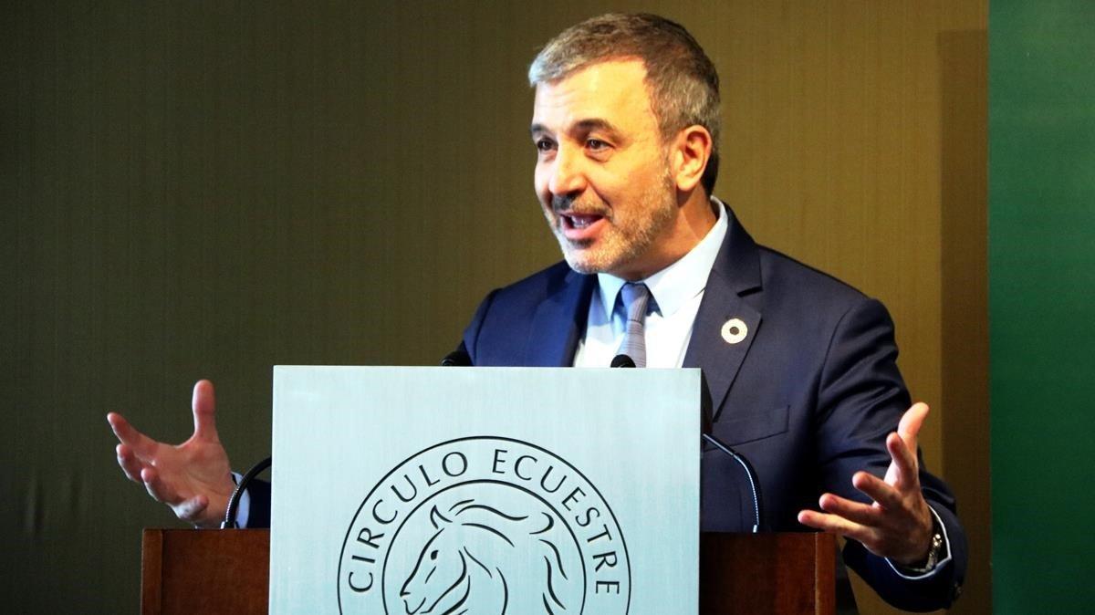 Collboni, durante su intervención en el Círculo Ecuestre.