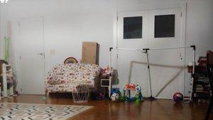 El pasillo donde juega Teo con su padre.