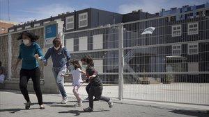Barcelona sondeja un centenar d'equipaments per esponjar les escoles de cara al curs 2020-2021