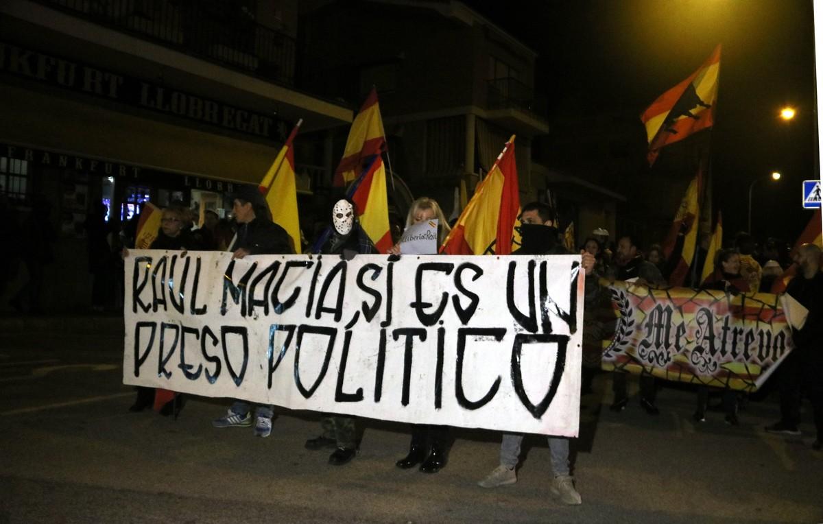 La manifestació ultra de Balsareny acaba amb agressions