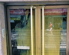 Acto vandálico en la sede del PSC de L'Hospitalet.