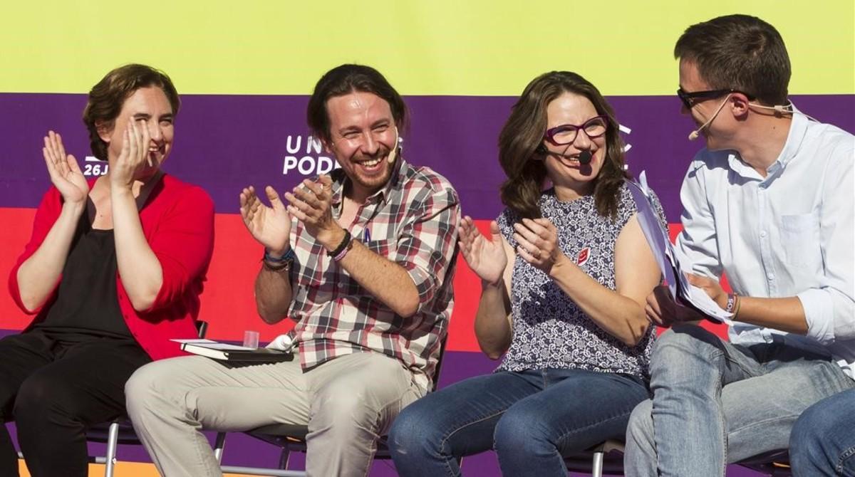 Ada Colau, Pablo Iglesias, Mònica Oltra e Íñigo Errejón durante el mitin en Palma.