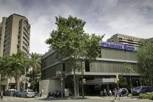 Instituto Oftalmológico Quirónsalut, en la Diagonal de Barcelona.