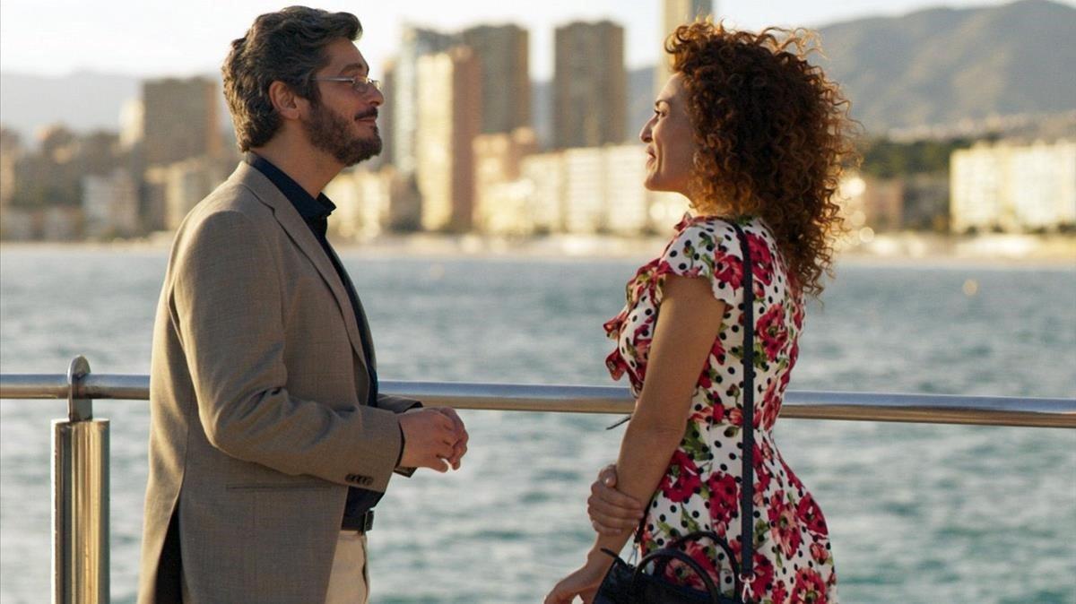Antonio Pagudo y María Almudéver, en 'Benidorm'.