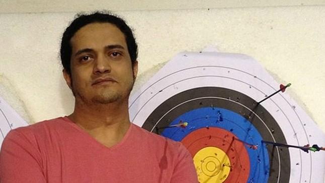 Ashraf Fayadh, el palestino acusado de apostasía por un poemario.