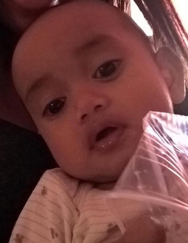 Bebé perdido y encontrado en Facebook.