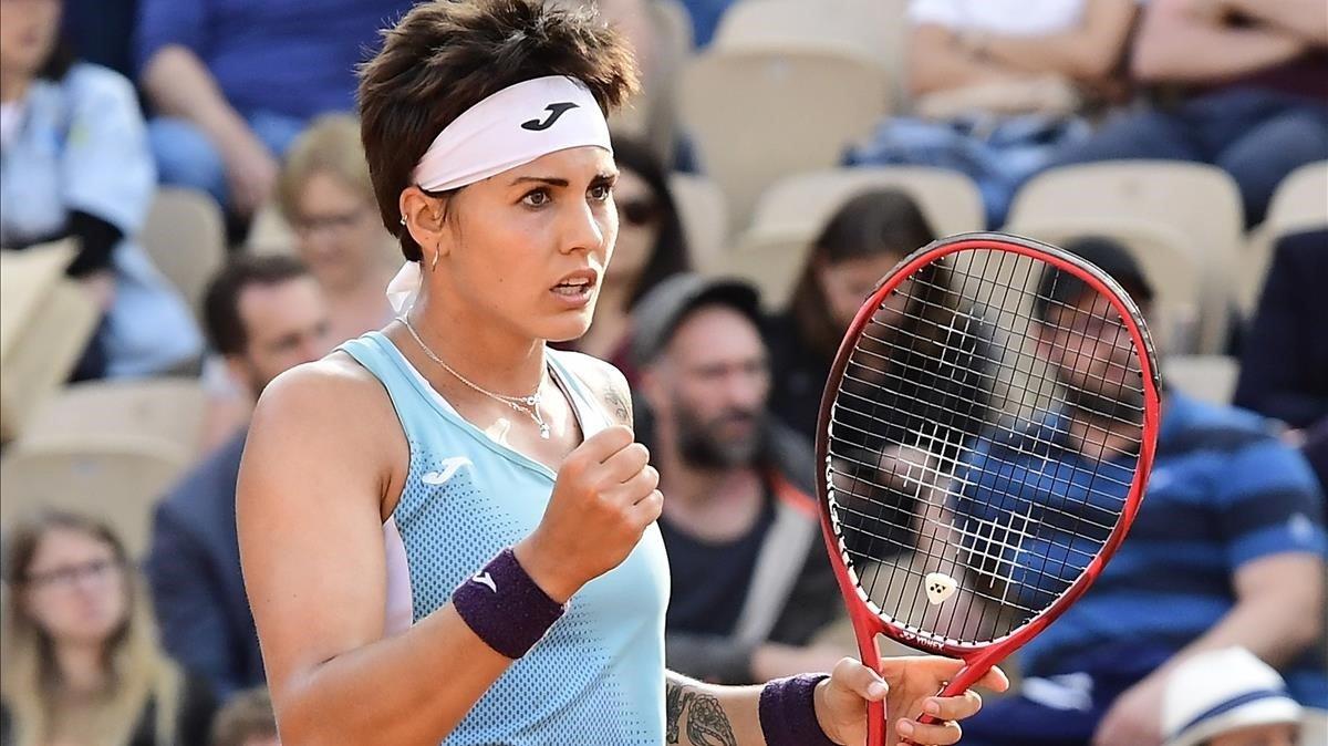 Bolsova reacciona antes de perder ante Anisimova.