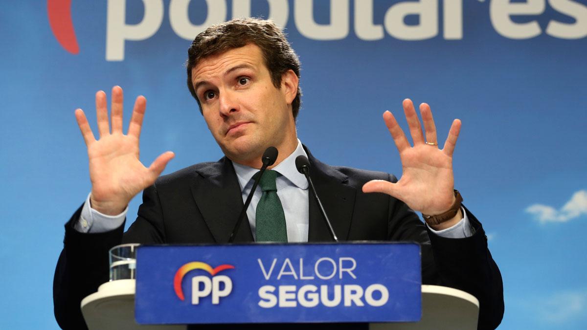 Para Casado se ha constatado que es falso que en España haya tres derechas, sino que solo hay un partido de centro derecha que es el PP, frente a otro de extrema derecha que es Vox.