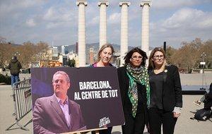 Elsa Artadi, Laura Masvidal y Neus Munté, en la presentación de la campaña de JxCat para las municipales de Barcelona.