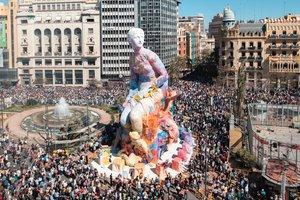 La falla del Ayuntamiento de Valencia de este año, de los artistas PichiAvo