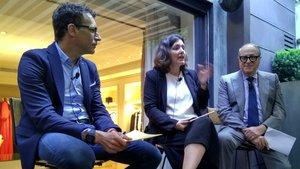 Salvador Tasqué, Alba Batiste y José Luis Nueno, durante la presentación de Retail & Brand Experience World Congress en la tienda Santa Eulalia de Barcelona.