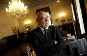 El fiscal general del Estado, José Manuel Maza, en su despacho, en la calle de Fortuny de Madrid.