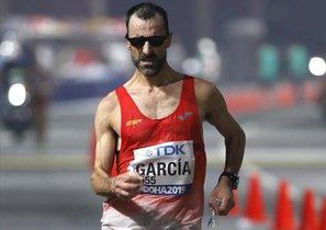 García Bragado, en el momento de cruzar la meta como octavo clasificado del Mundial