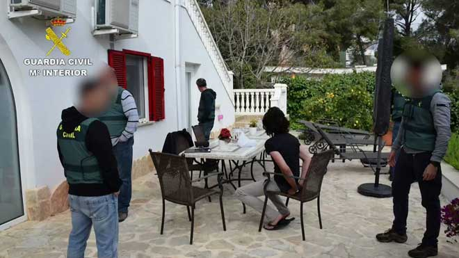 La Guardia Civil detiene a un neonazi alemán en Mallorca.