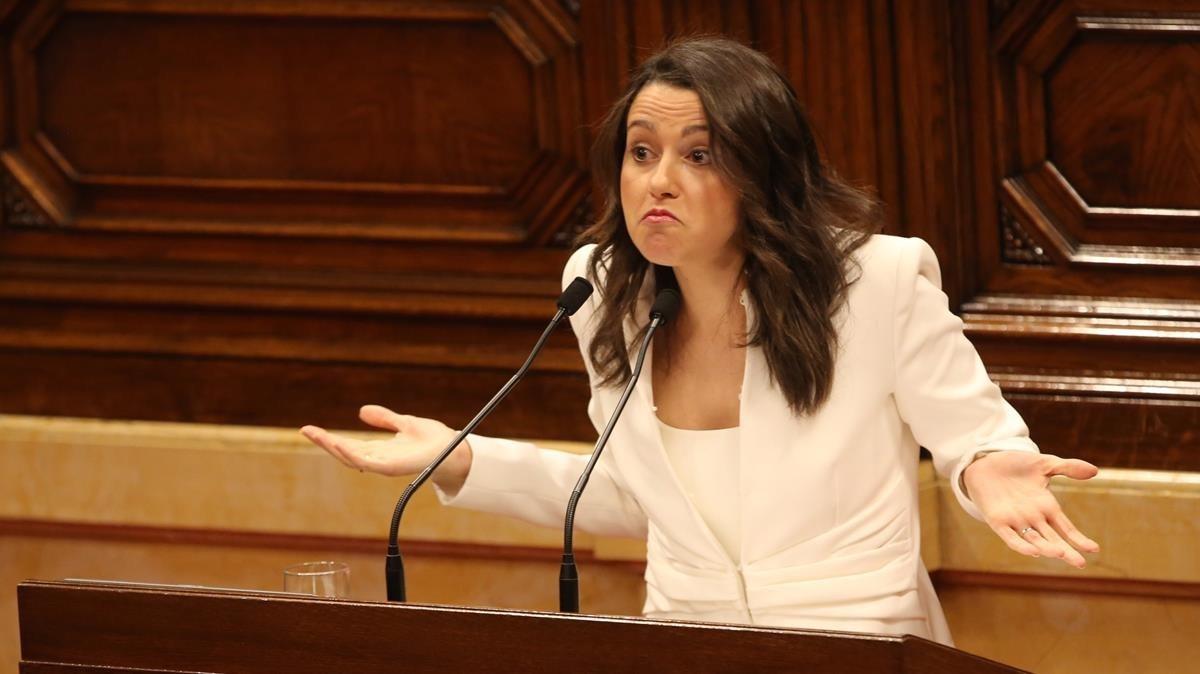 Inés Arrimadas, en el Parlament durante la primera sesión de investidura.