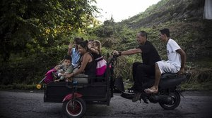 Inmigrantes hondureños de la caravana, en Huixtla.