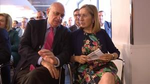 Los ministros Jorge Fernández Díaz y Ana Pastor, en la reunión de la junta directiva nacional del PP.