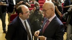 Josep Antoni Duran i Lleida conversa con Miquel Iceta.