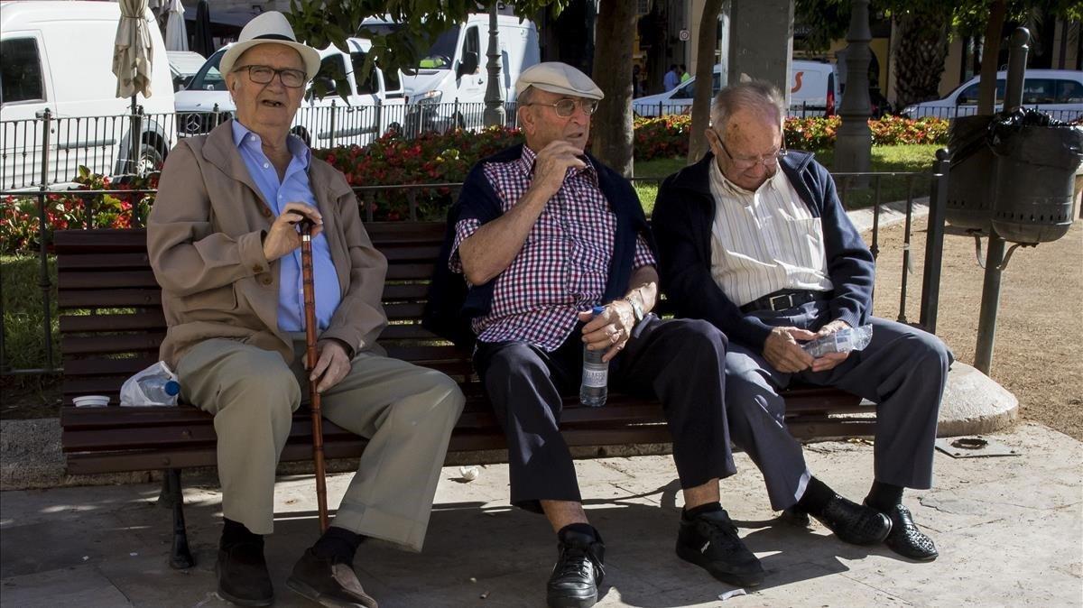 Treball advoca per retardar un any l'edat real de jubilació el 2048