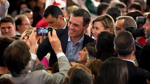 El líder del PSOE, Pedro Sánchez, este lunes, en un mitin en Málaga.