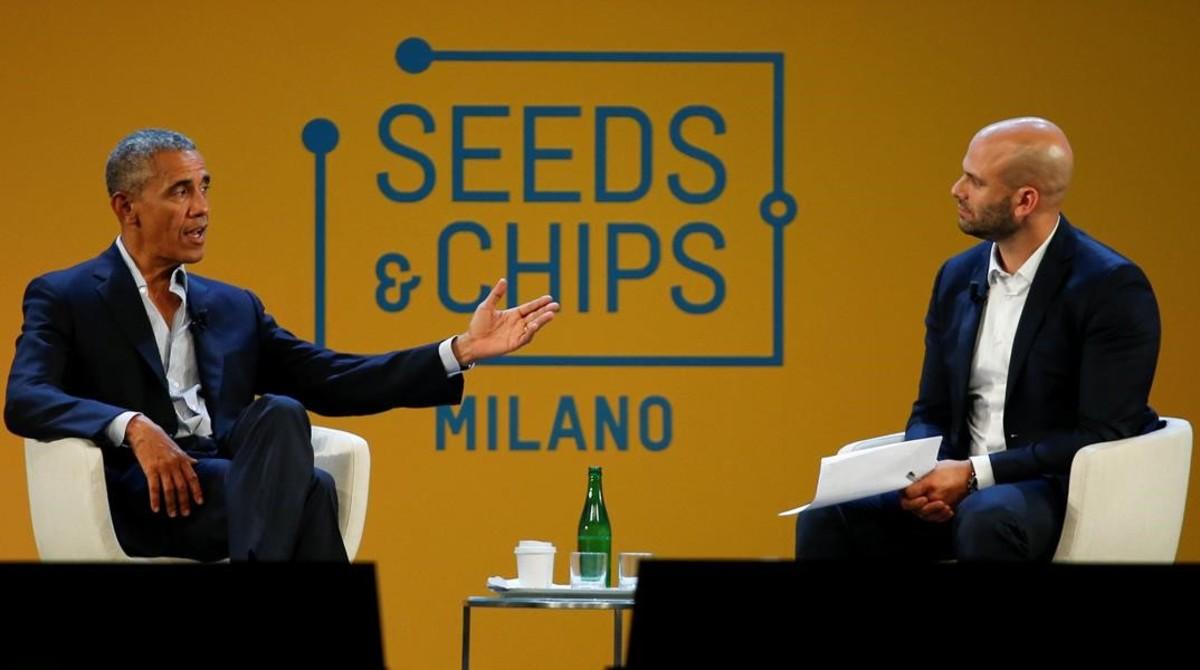 Obama, con el chef Sam Kass, este martes en Milán.