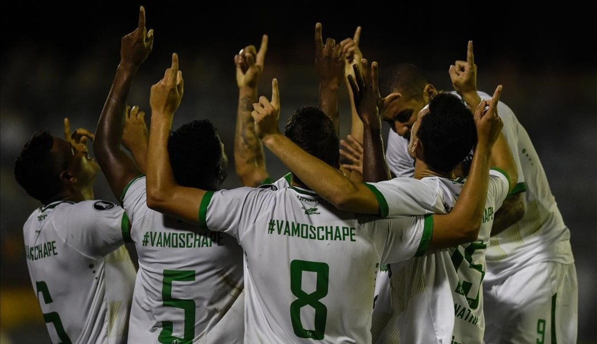 Los jugadores del Chapecoense celebran un gol en la Copa Libertadores.