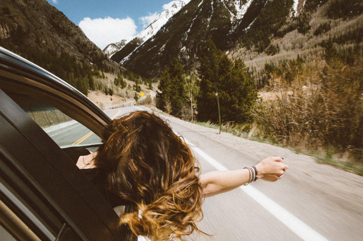 Los más jóvenes están cambiando su manera de viajar.