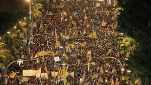 Manifestación bajo el lema Llibertat presos polítics, som República.