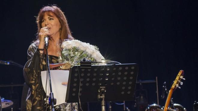 Maria del Mar Bonet, en un momento del concierto en La Habana