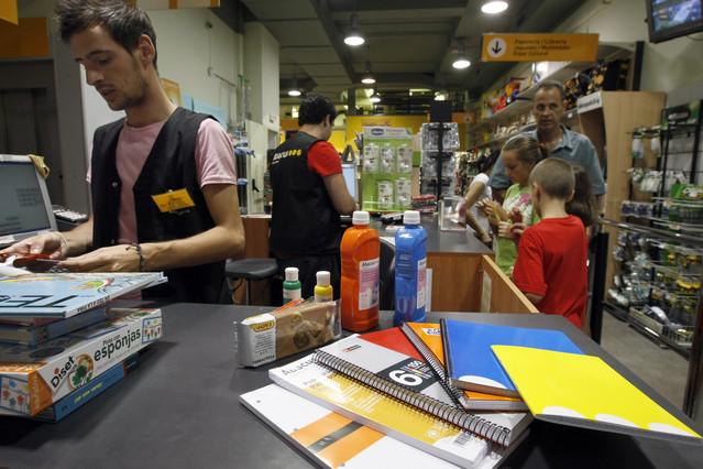 Material escolar en la librería Abacus de Barcelona.